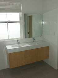 Breeze furniture custom fitted kitchens bathrooms and for Bathroom design new zealand